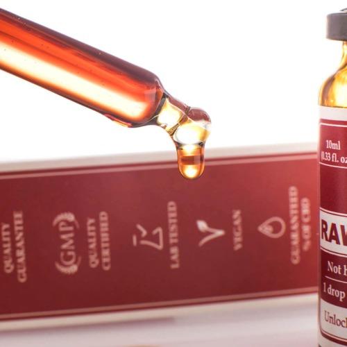 Handige druppelaar voor exacte dosering van de CBD Raw olie van Endoca